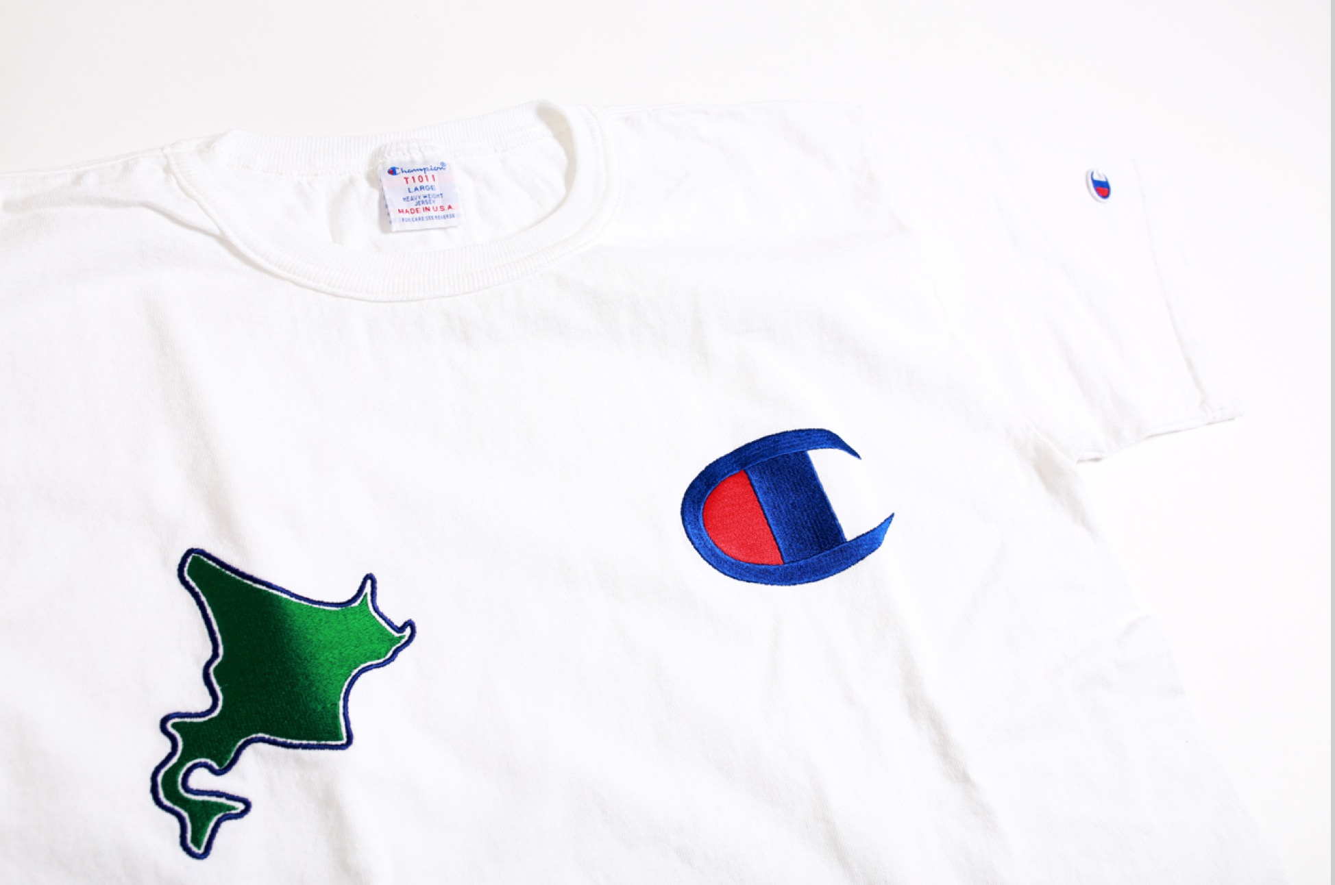 Champion 札幌ステラプレイス オープン記念限定商品Made in USA「T1011」Tシャツイメージ